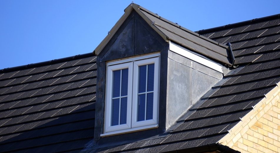 this is an image of asphalt composite shingles in Encinitas