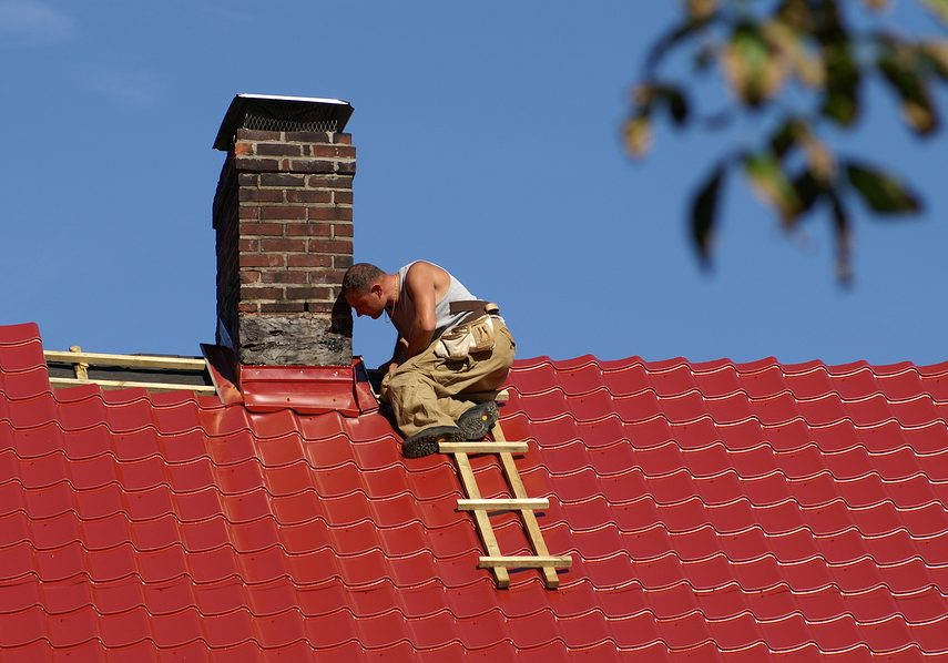 professional roofers doing roof repair
